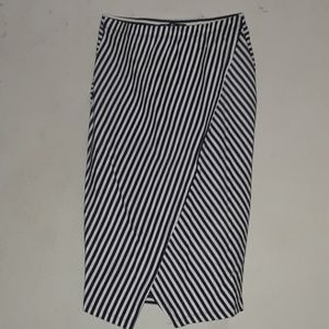 Dresses & Skirts - STRIPPED SKIRT